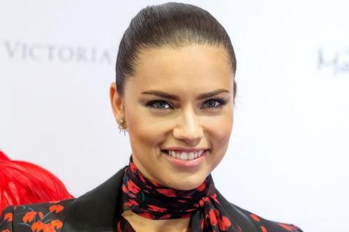 Top 10 most beautiful women (1)
