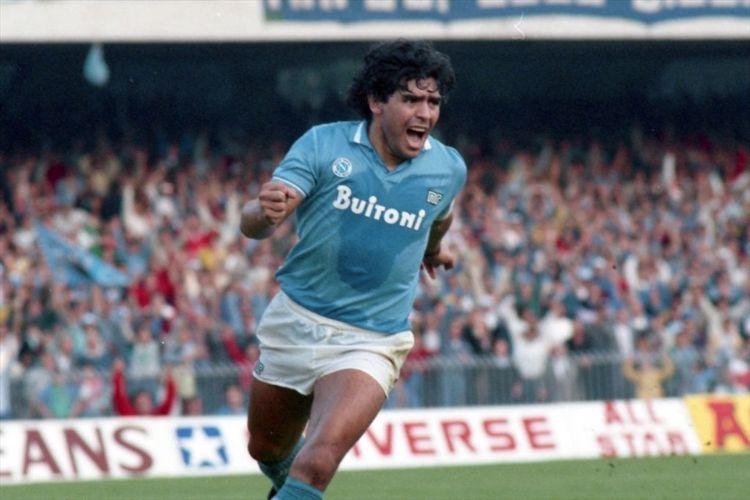 Diego Maradona qua đời